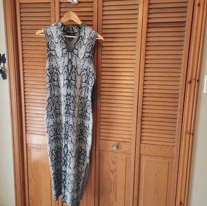 Rachel Zoe Bodycon Long Snakeskin print dress